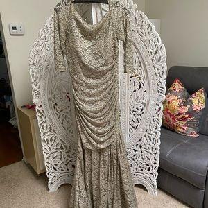 Teri Jon by Ricki Freedman Lace Putter Gown